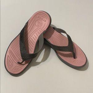 Crocs Flip Flops Capri V Size 9